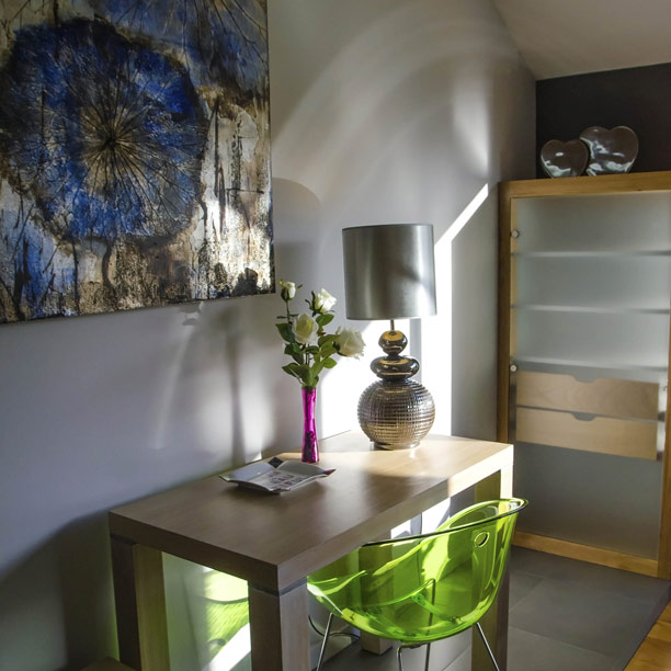 room alienor